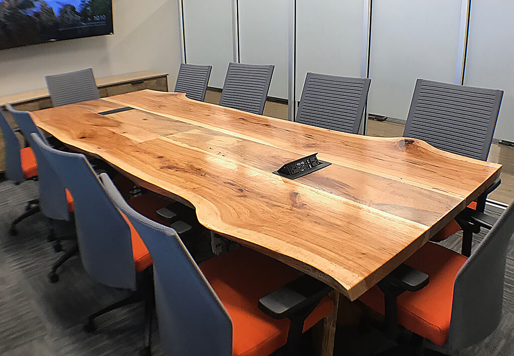 wood-cubicles-masterpiece-premier-customs_conference-table